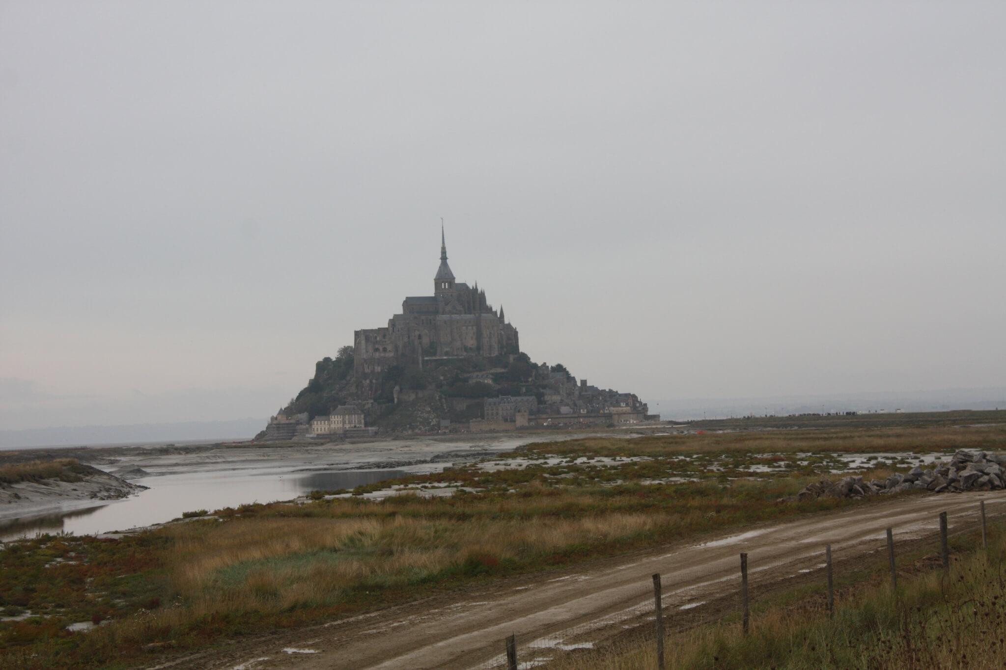 Le Mont-Saint-Michel, Pontorson