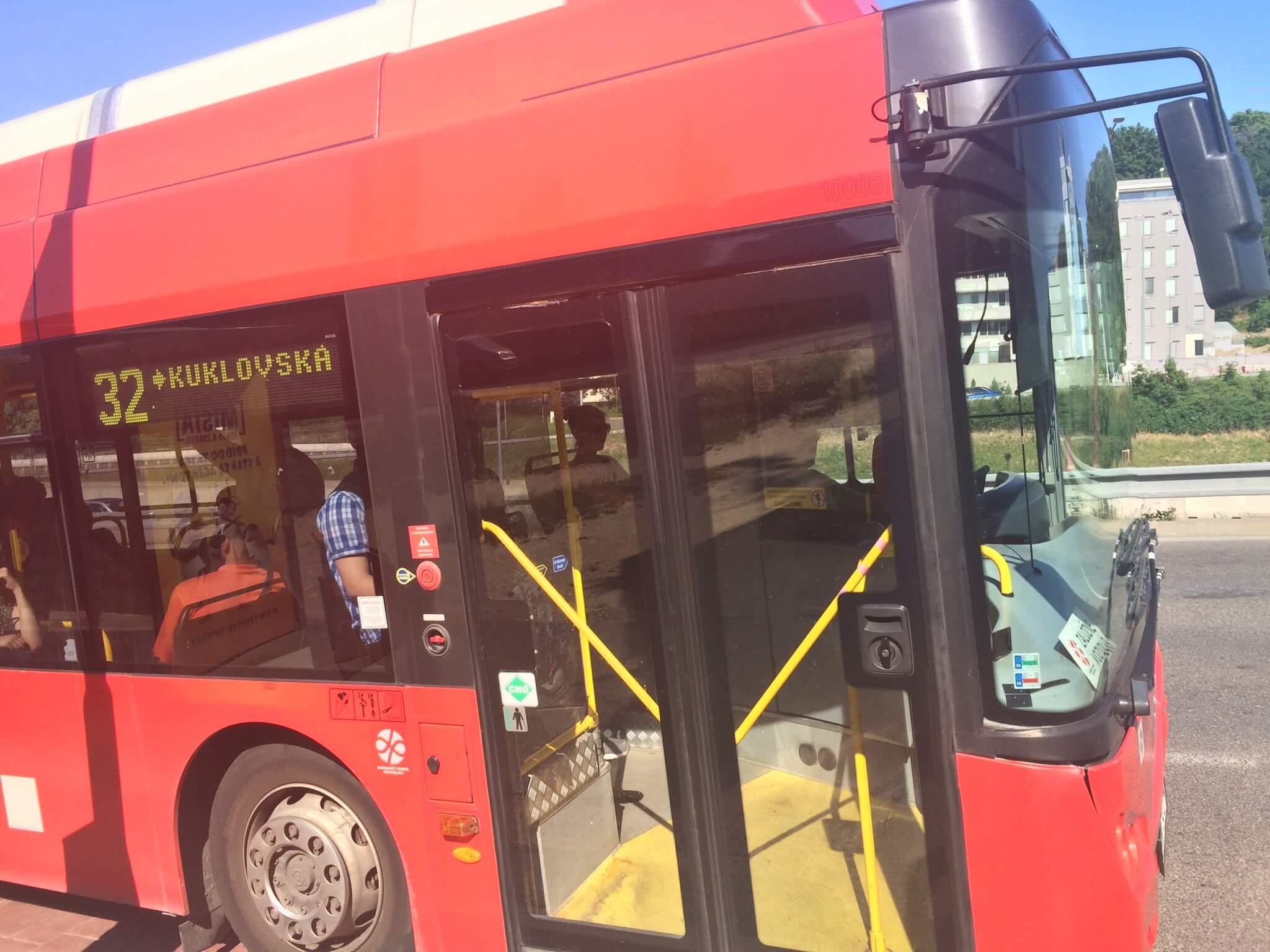 Bus, Bratislava
