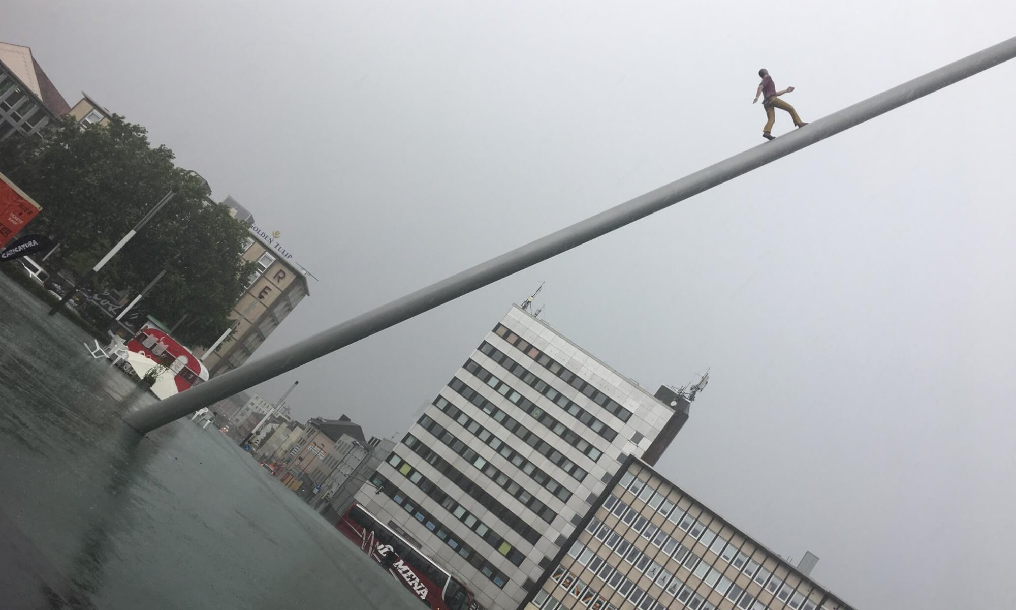 Himmelsstürmer, Man walking to the sky, Kassel