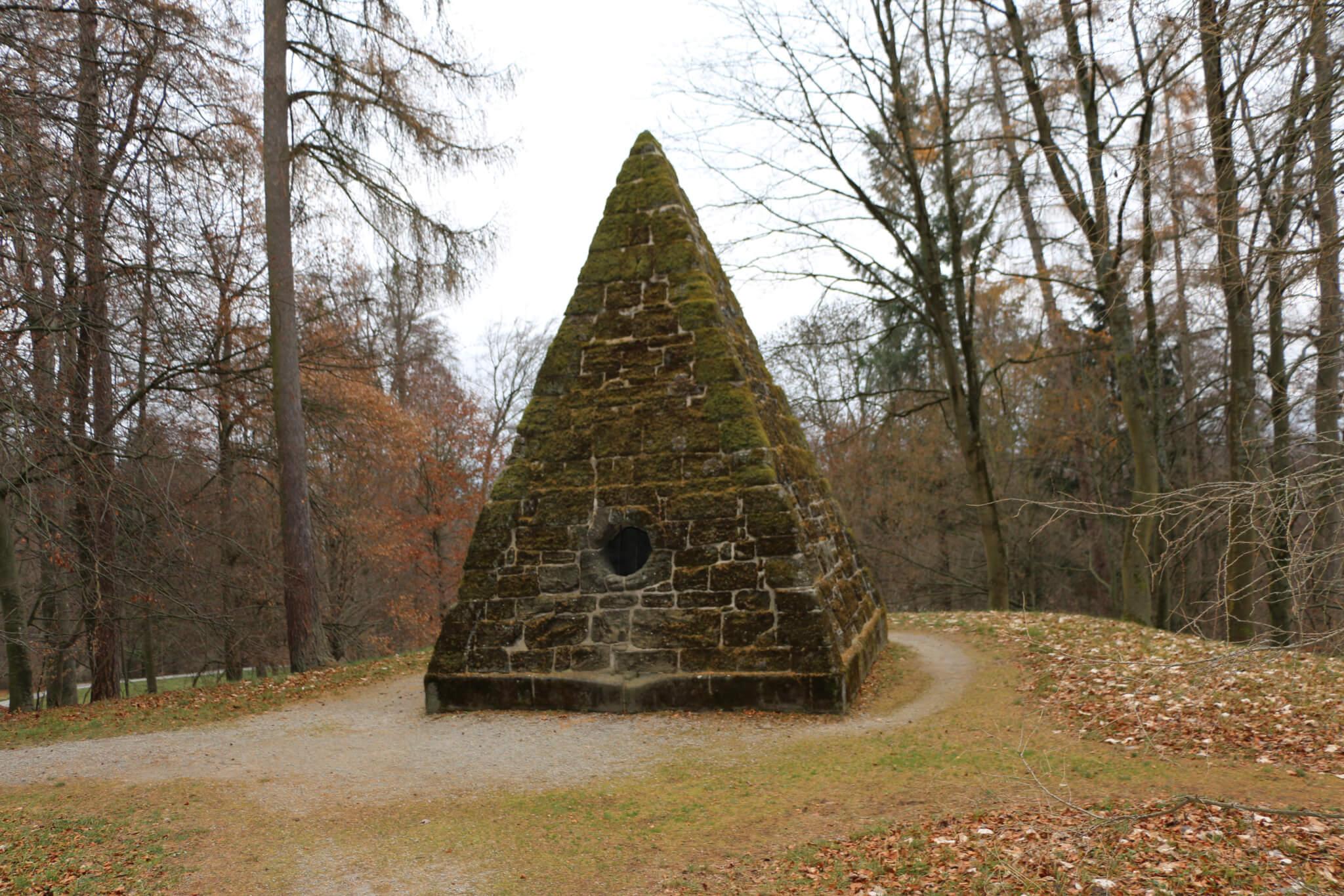 Cestius-Pyramide, Bergpark Wilhelmshöhe, Kassel