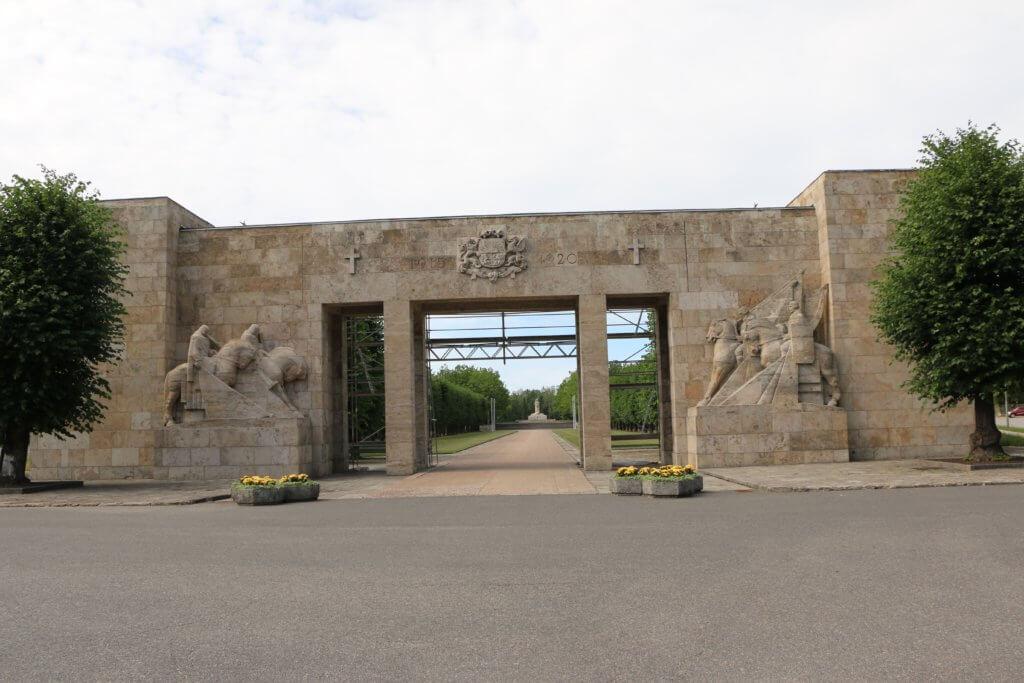 Brāļu kapi, Rīga