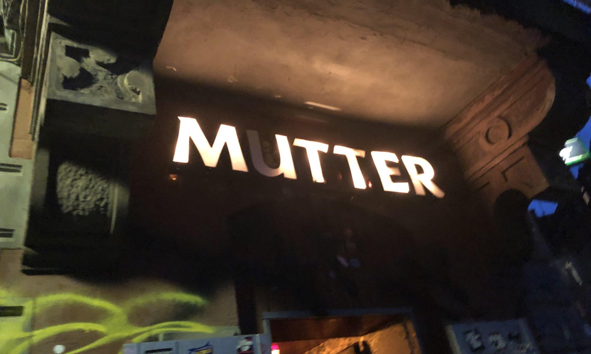 Mutter, Kassel