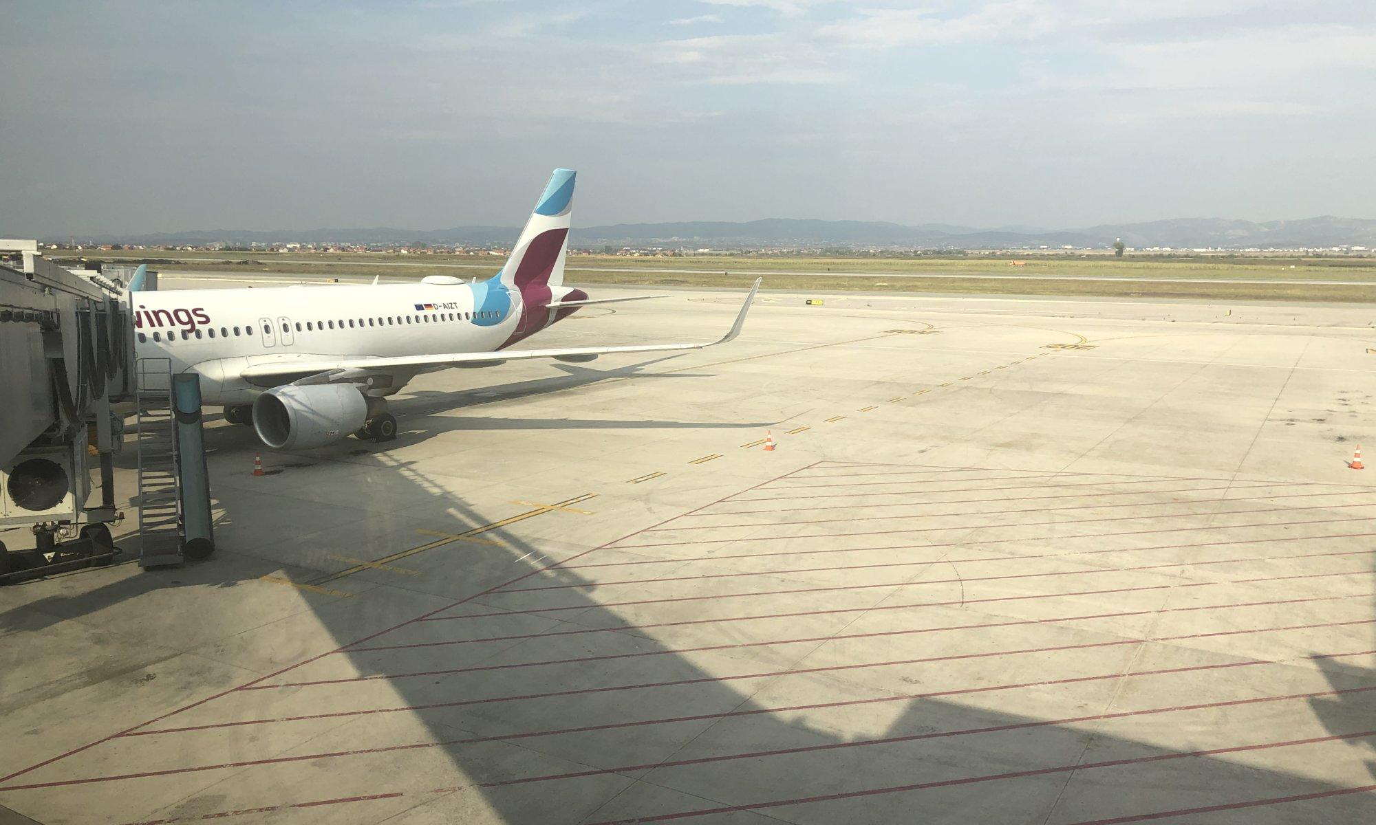 Aeroporti Ndërkombëtar i Prishtinës Adem Jashari, Prishtinë