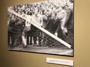 Broken goalpost, Werder-Gladbach, 1971